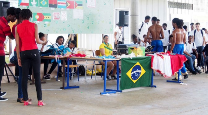 Les langues en fête au Lycée Acajou 1